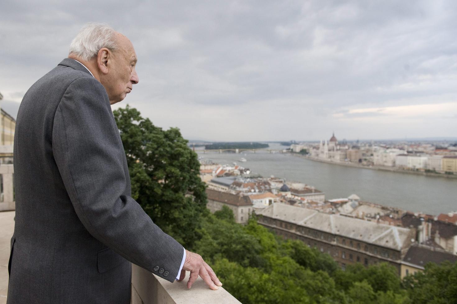 zsidó társkereső szolgáltatások Philadelphia randevú 4 hónap mire számíthat