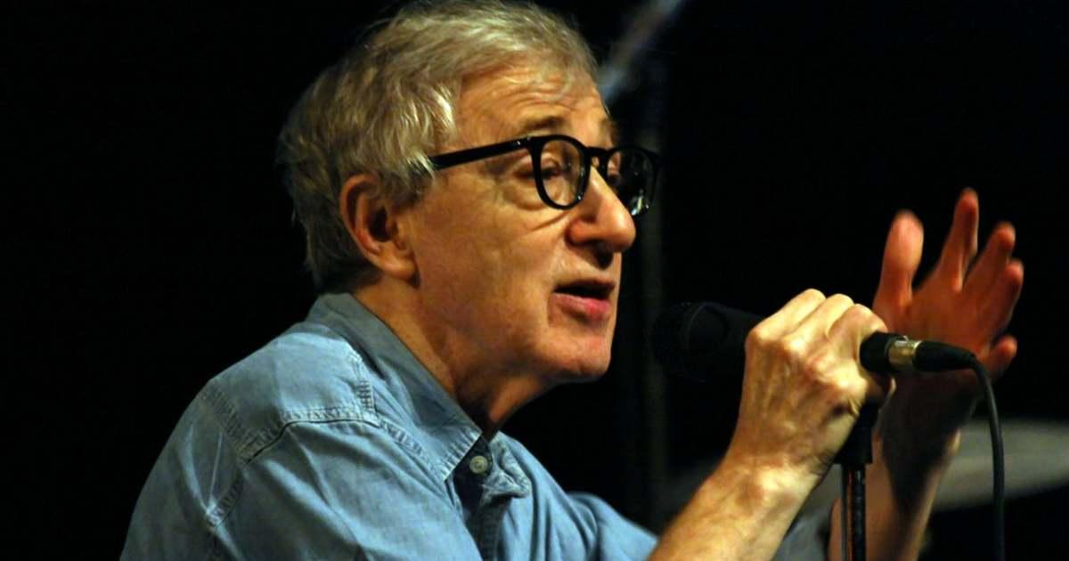 Áprilisban jelenik meg Woody Allen önéletrajza