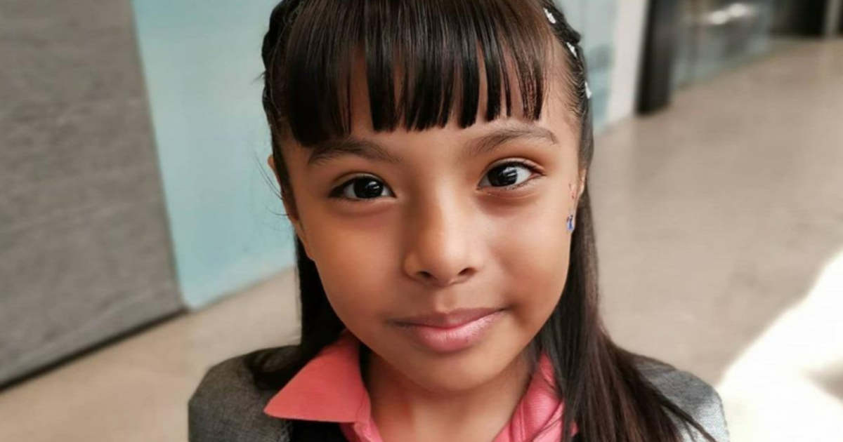 Ennek a 10 éves kislánynak magasabb az IQ-ja, mint Einsteinnek és Hawkingnak | BAMA