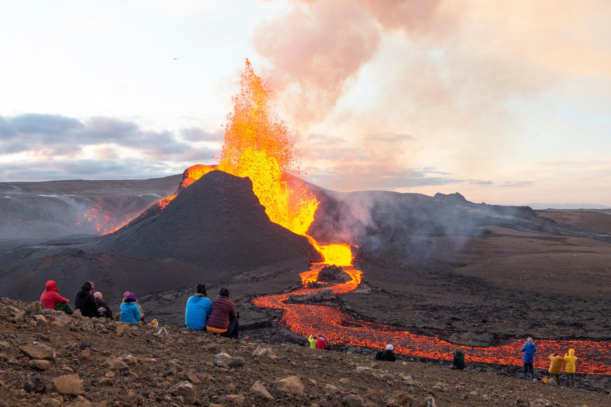 Hat hónapja folyamatosan működik egy vulkán Izlandon