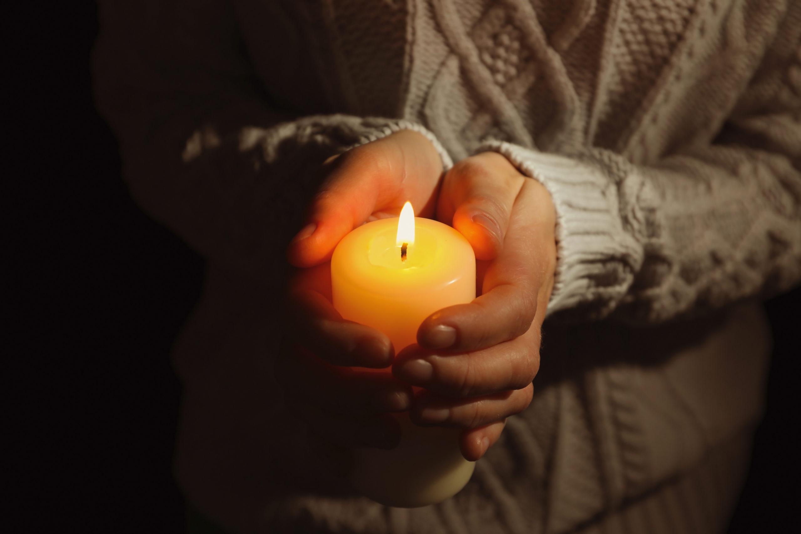 13 nap küzdelem után meghalt a 21 éves magyar zsokélány